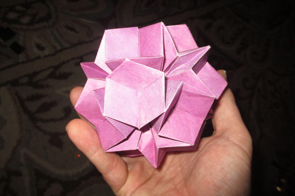 A Modular Dodecadodecahedron by galaxy5111