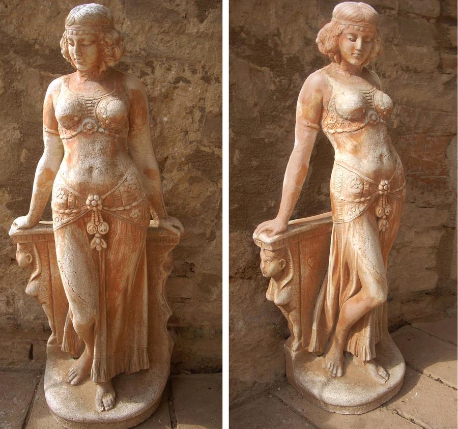 Terracotta venus in Tuscany by crayonmaniac