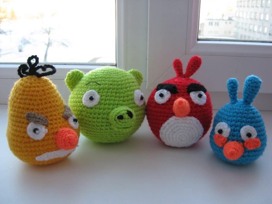 Black Angry Bird Amigurumi Pattern : Angry Birds Amigurumi by ElsaMalloy on deviantART