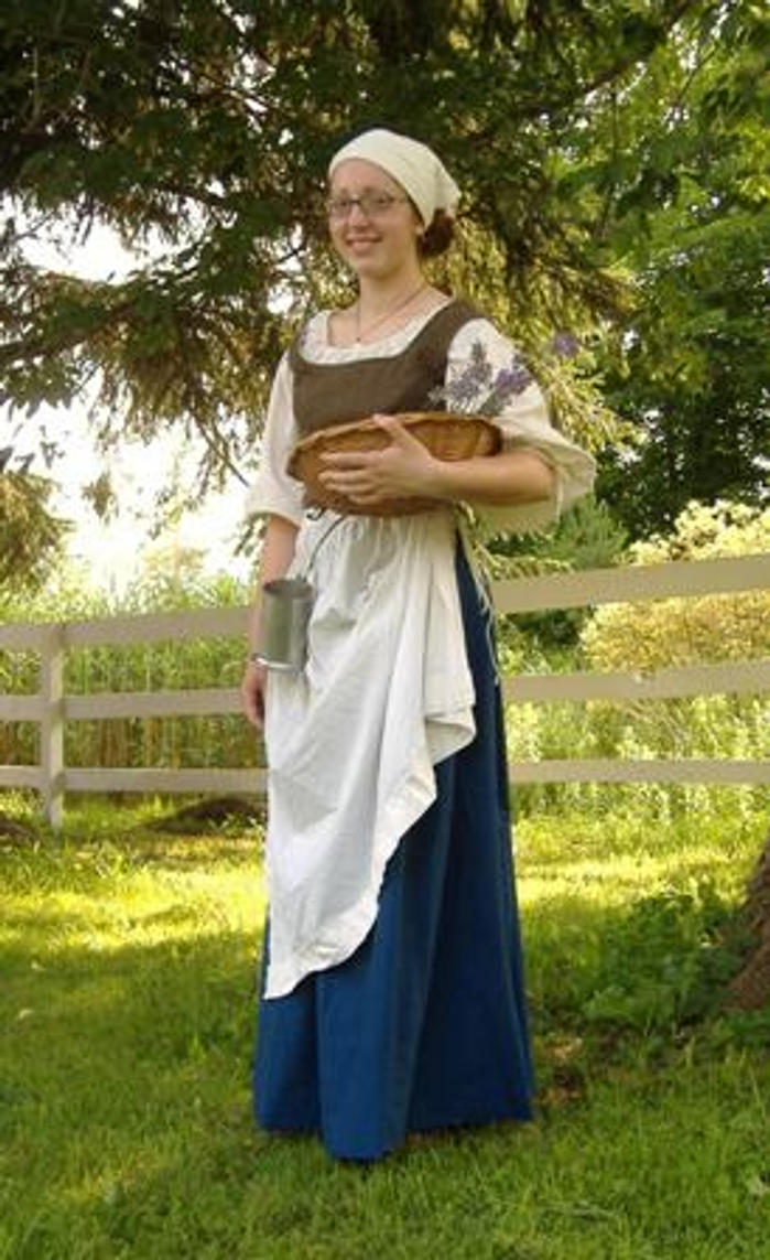 Image result for renaissance peasant outfit