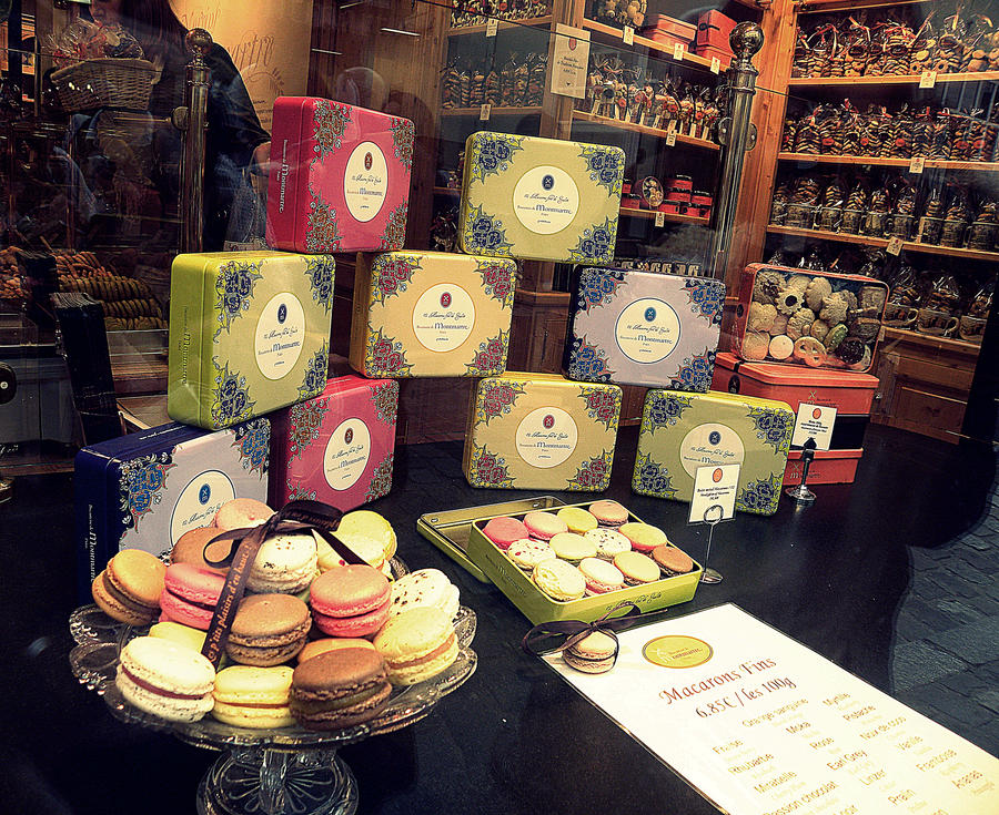Macarons in Paris by funnyzzz