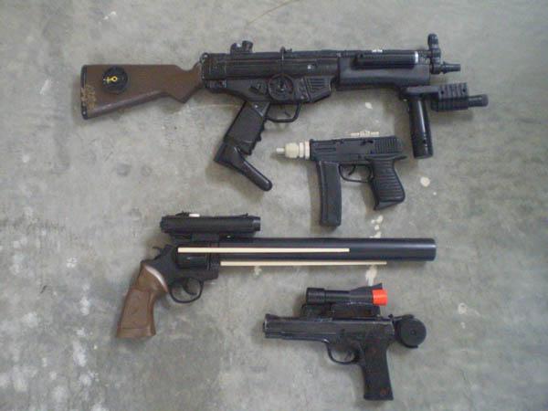 Mandalorian blasters WIP by redroyalguard
