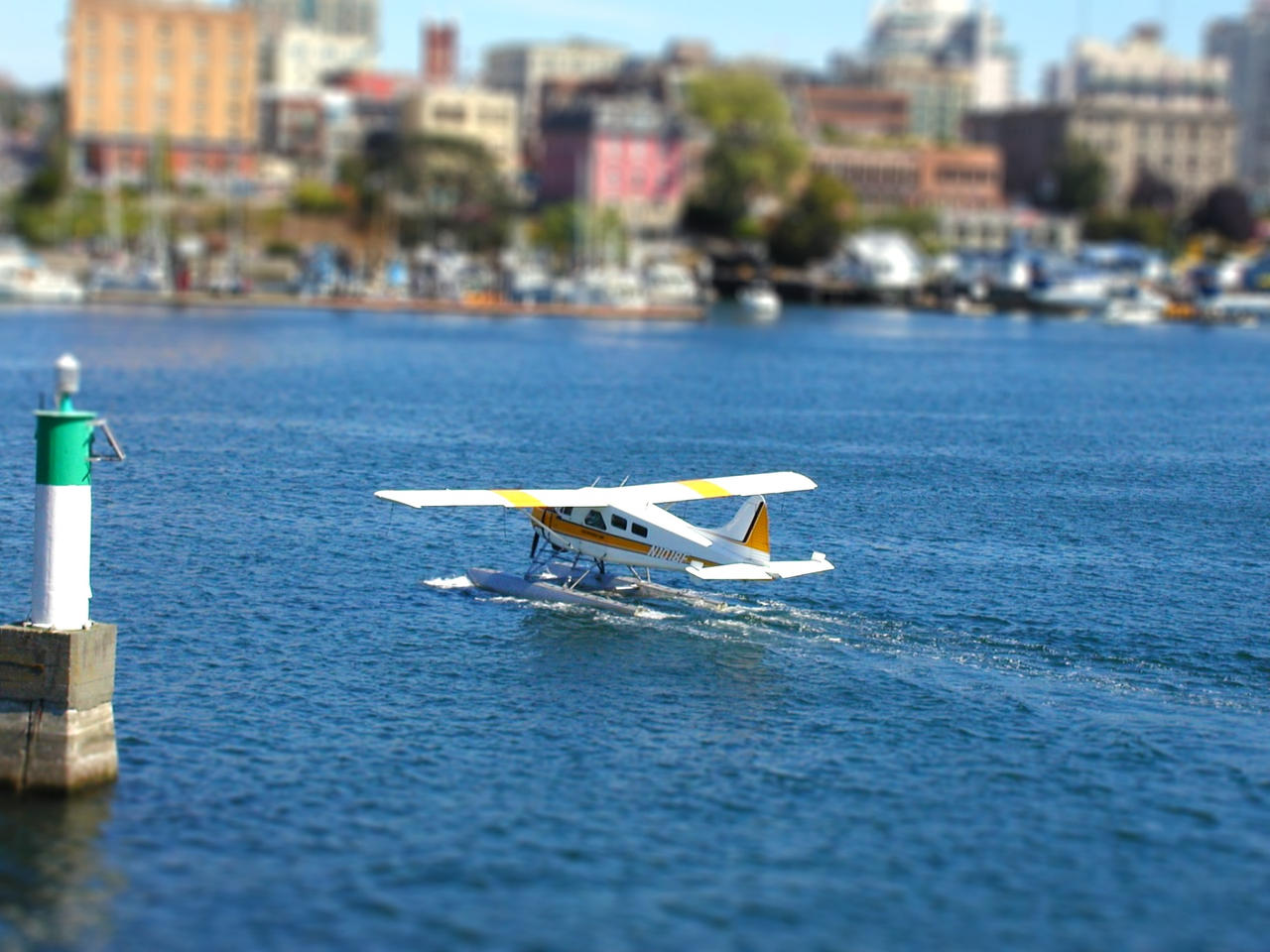 Tilt-Shift Seaplane