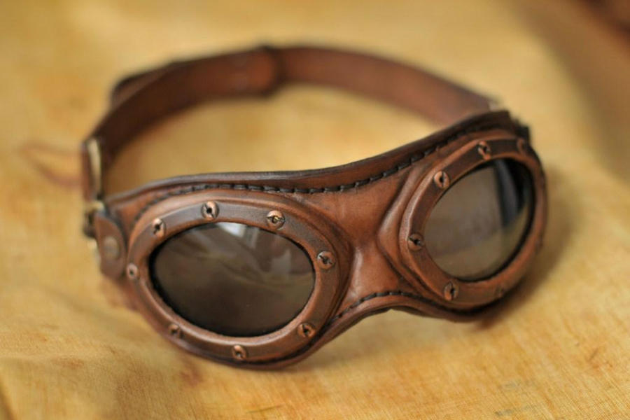 steampunk_aviator_goggles_by_denbow-d3hy