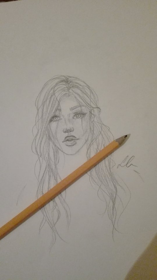 Sketching by Laura-Nagy