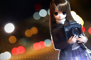 Himeno with her Canon 5Dmk3
