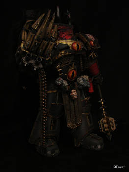 Horus the Warmaster 02