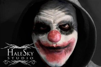 Clown mask by arianaglori