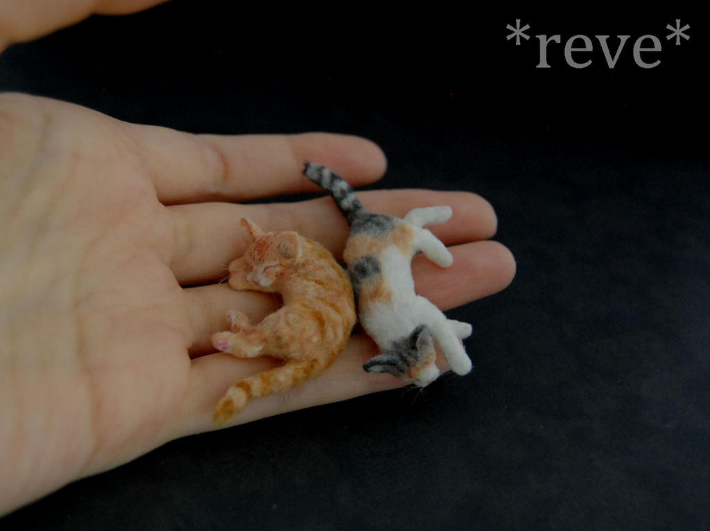 Watch How to Make Polymer Clay Cats video