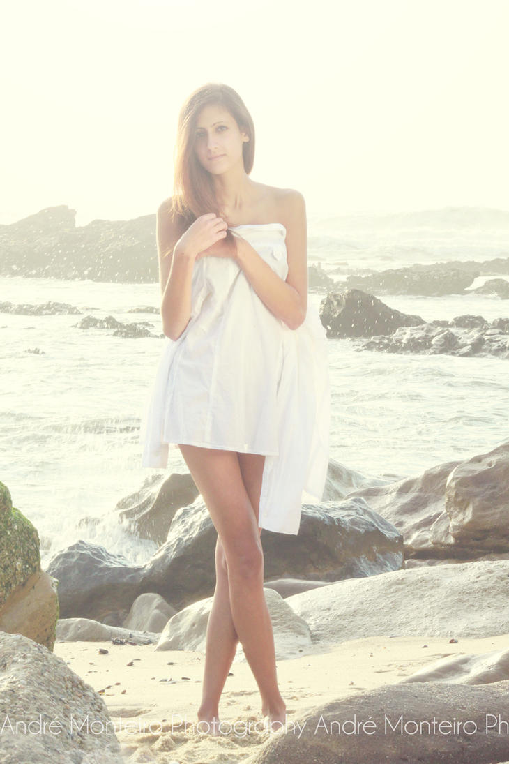 Wash ashore 6 by MaryVaz