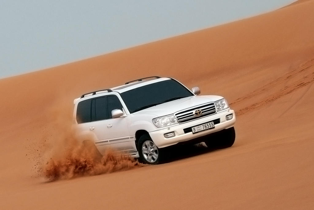 Desert 5 - Land Cruiser by weird-abdulla