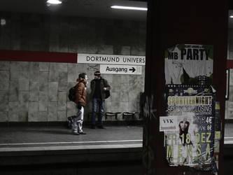Subway Station by simonszu