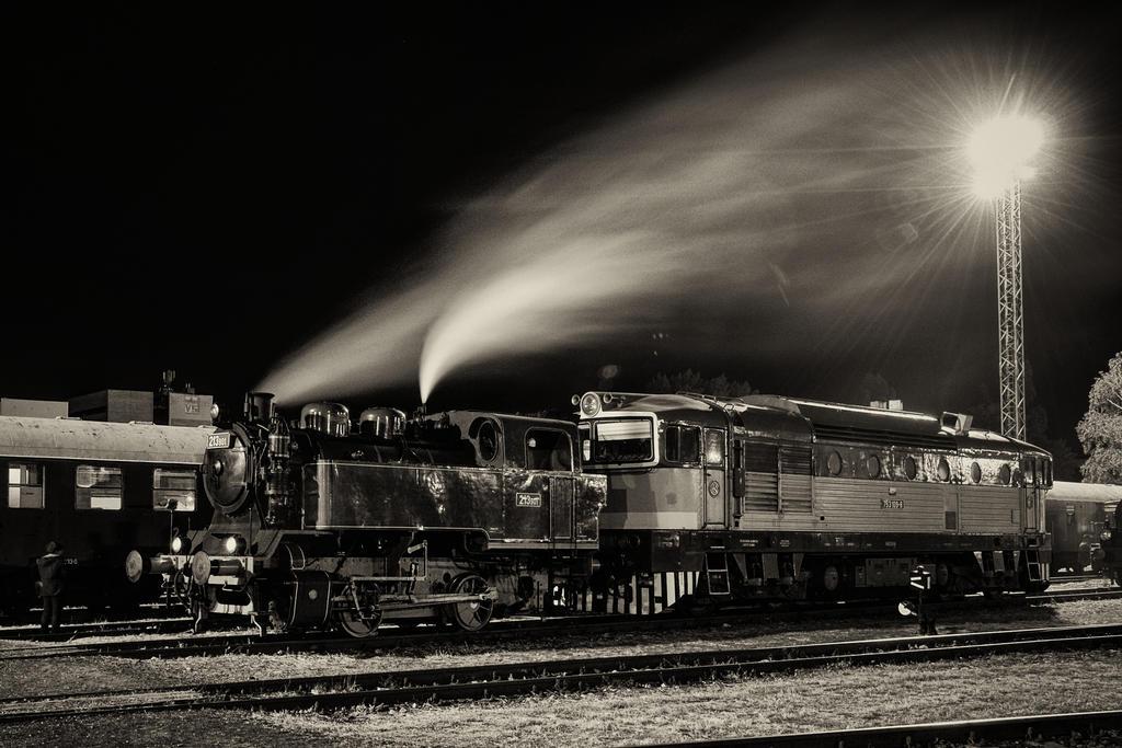 Trains by DavidGrebeci