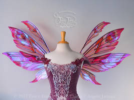 Aynia Iridescent Valentine Fairy Wings (sold)