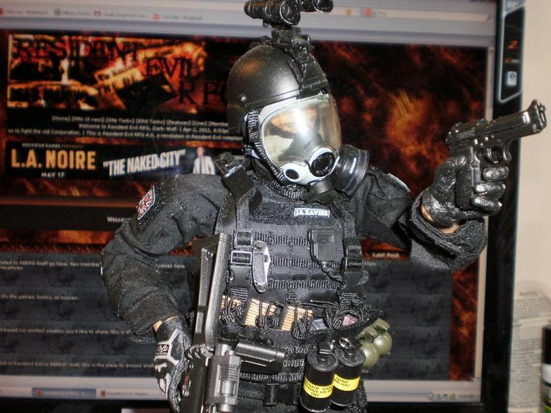 Resident Evil Umbrella Corporation Soldiers Pictures to ...
