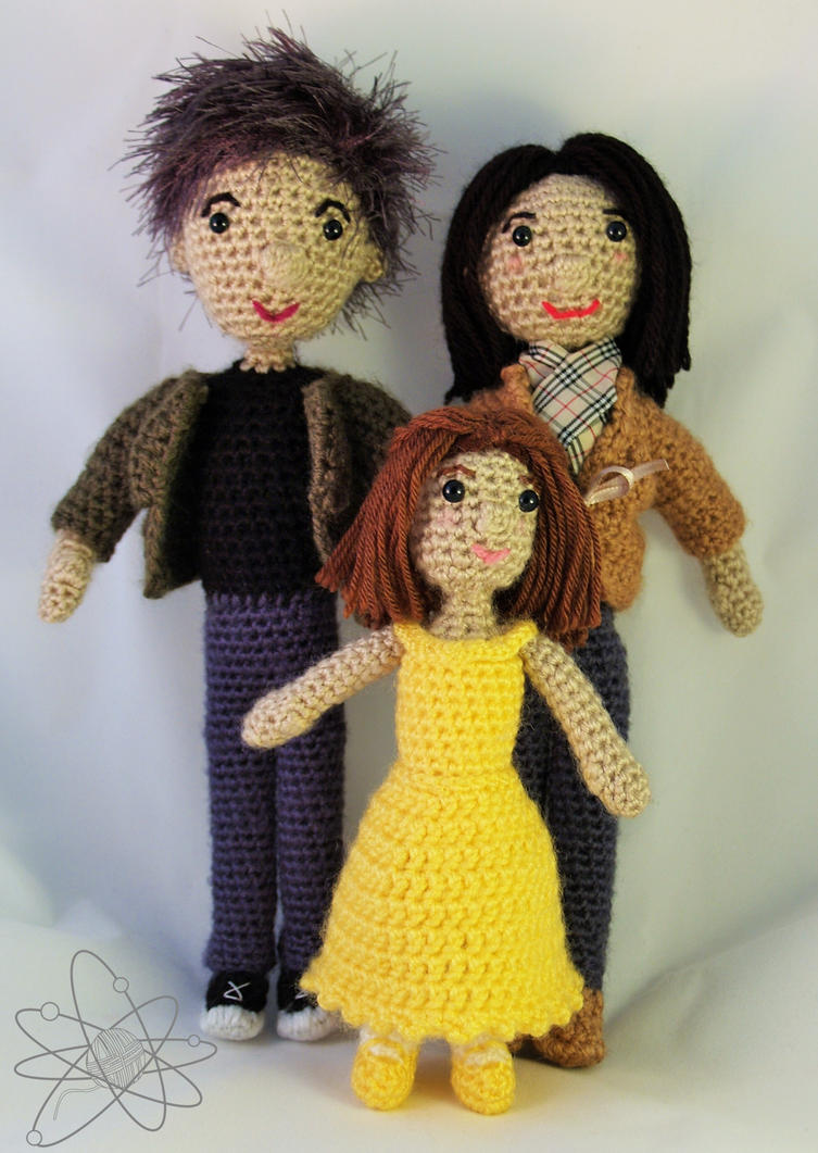 A close knit family by atomigurumi