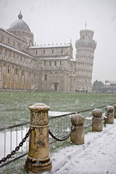 Snowfall in Pisa by electricblue86