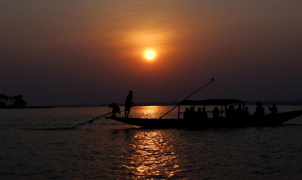 Sunset at Chilika Lake, Puri by The--Dark--Knight