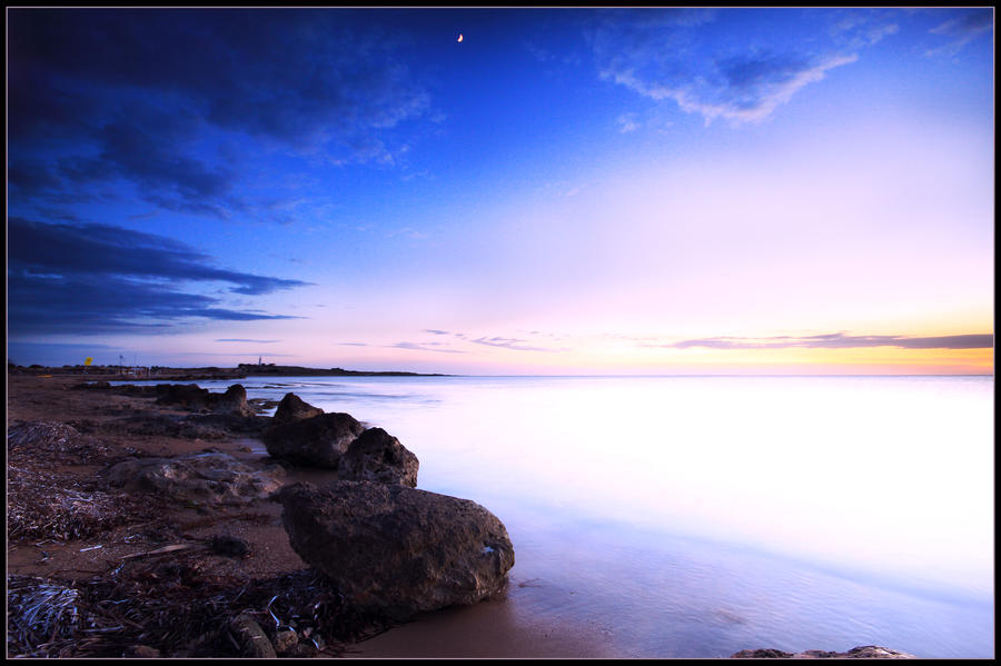 By the sea by bluesense