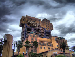 Hollywood Tower Hotel HDR by heylookimaninja