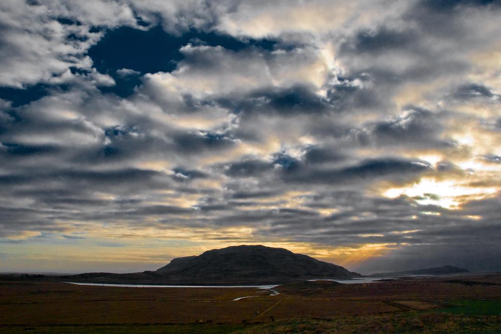 Sunset Mountain by BWilliamWest