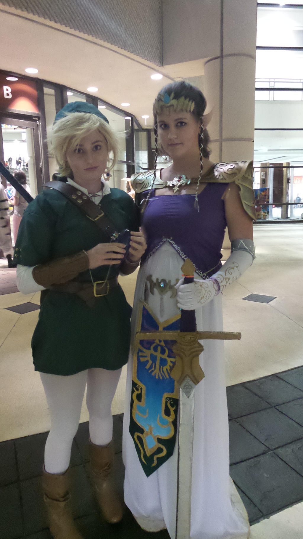 Megacon Link and Zelda by kingofthedededes73