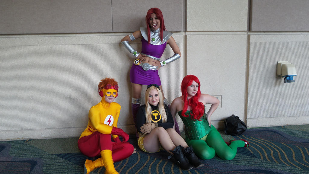 Teen Titans Group 81