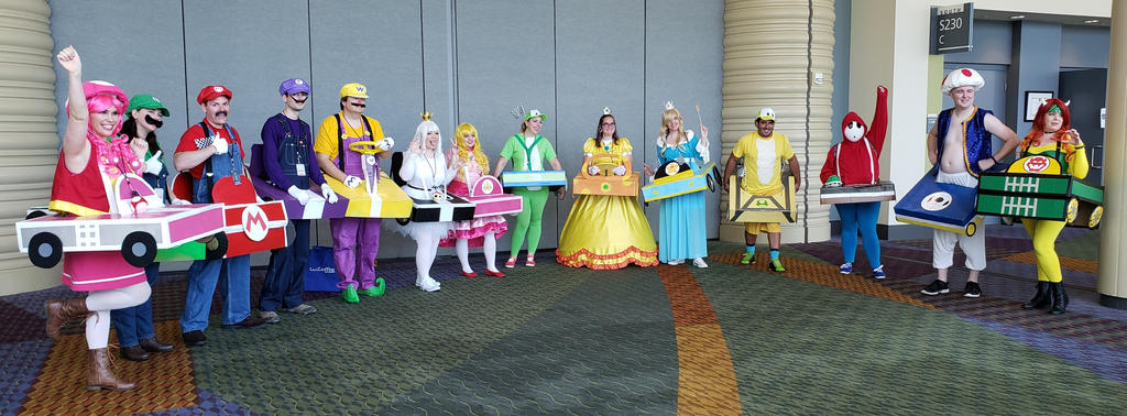 Megacon 2019 mario bros group 2 by kingofthedededes73 on
