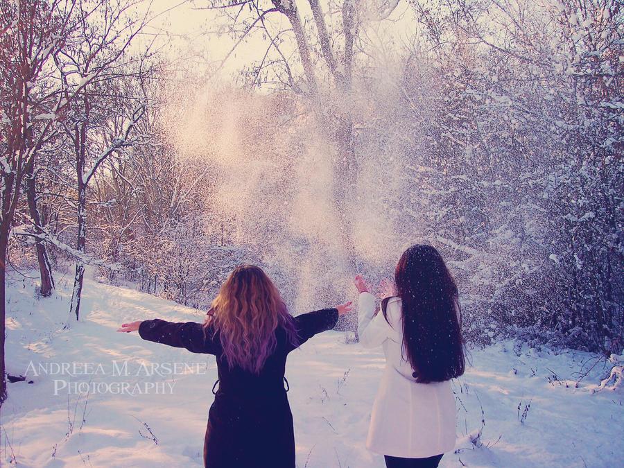 Black and White Winter by AndreeaArsene on DeviantArt