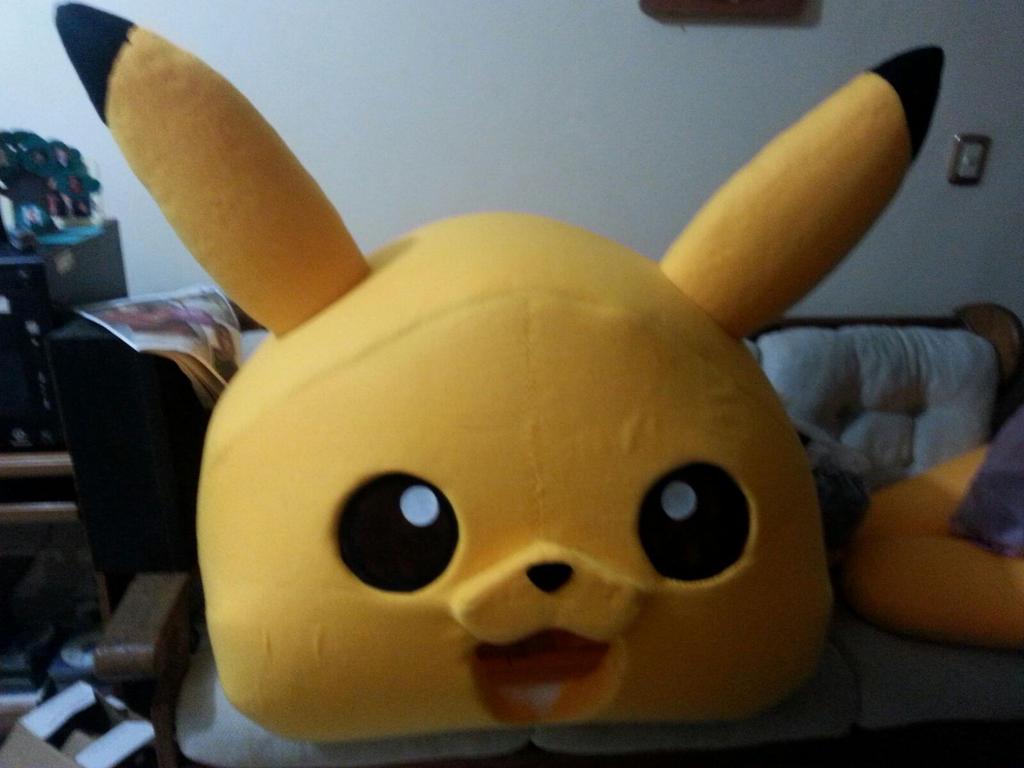 Botarga Pikachu proceso de la cabeza 05 by Rockgirl10