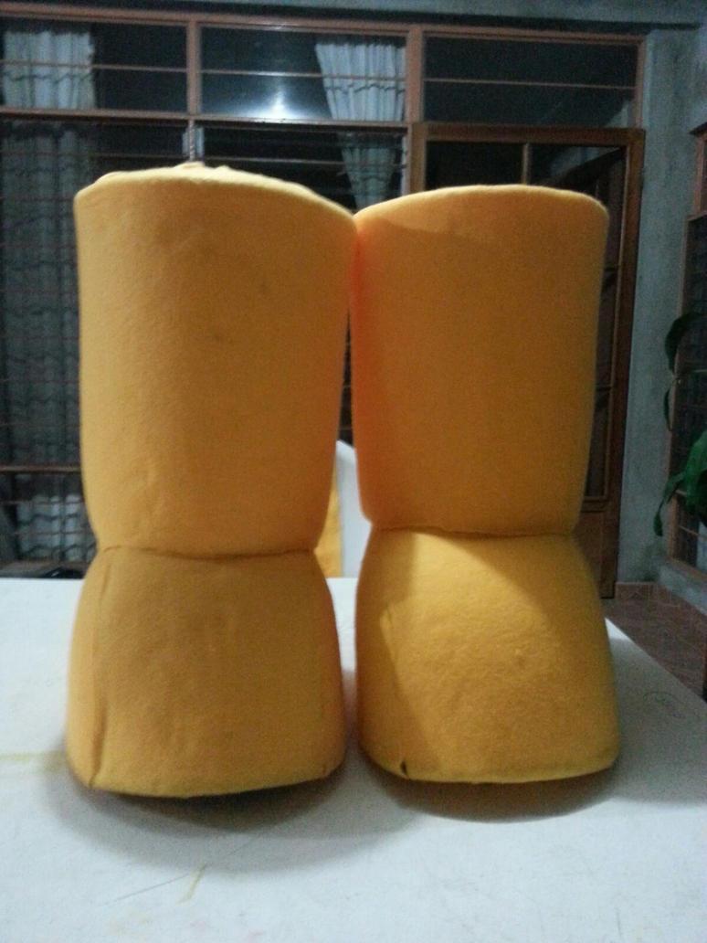 Botarga Pikachu botas by Rockgirl10