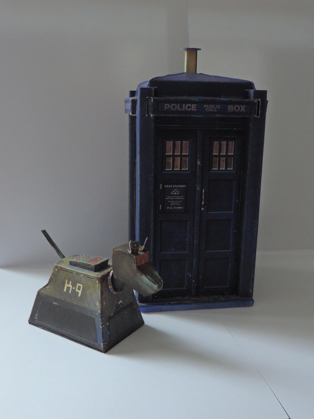 K-9 and THE TARDIS by darkmaul99