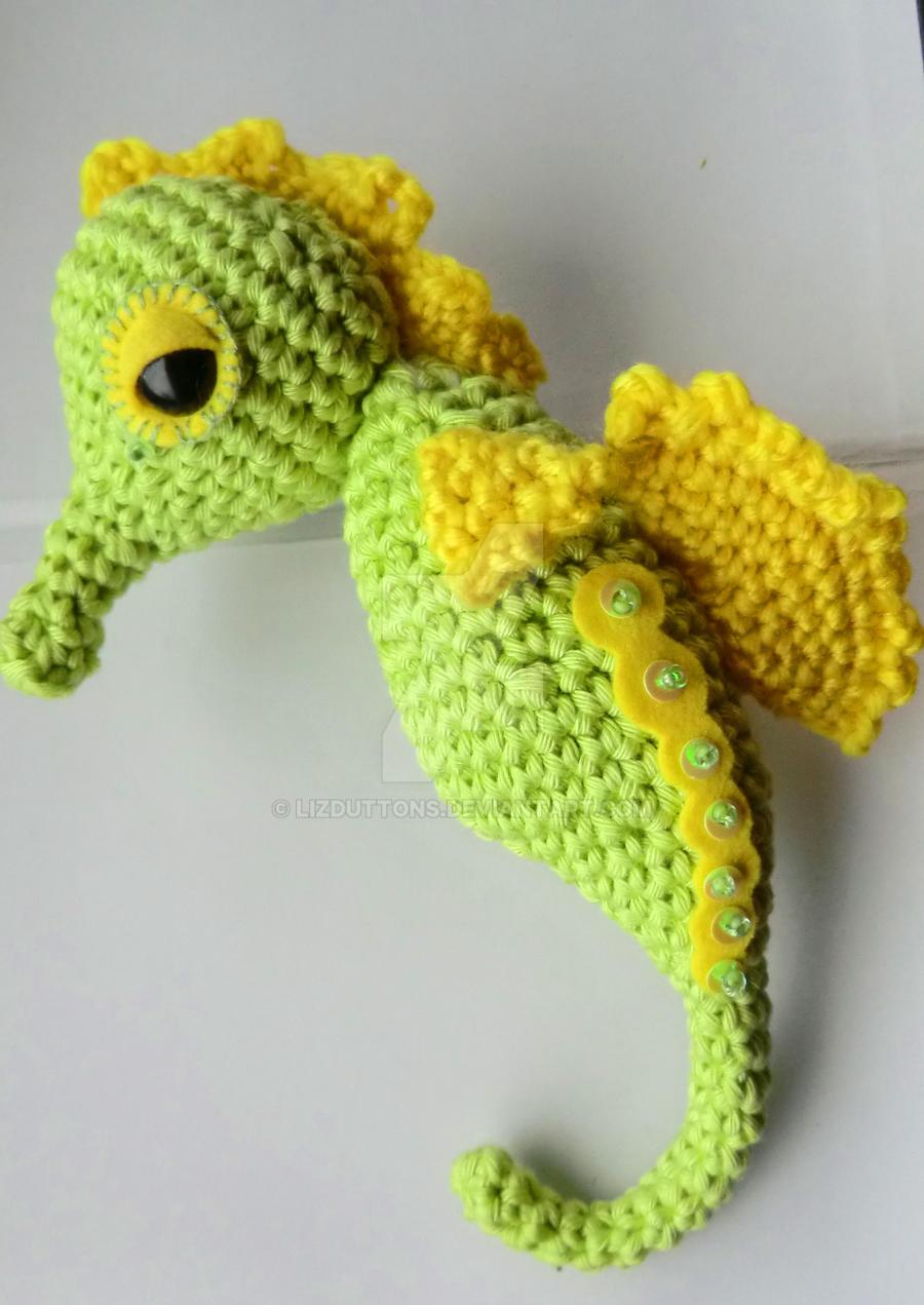 Seahorse amigurumi by lizduttons on DeviantArt