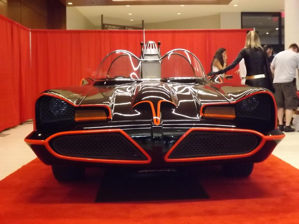 The Classic Batmobile V by Neville6000