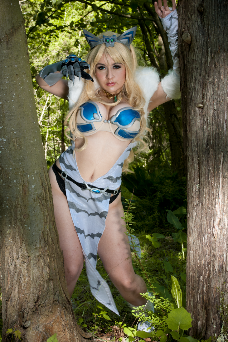 Queen's Blade: Elina III by CookieKabuki