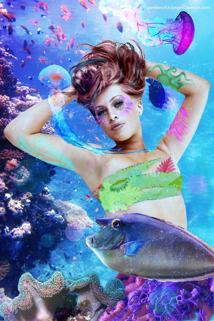 Underwater Love by StrangeLovely