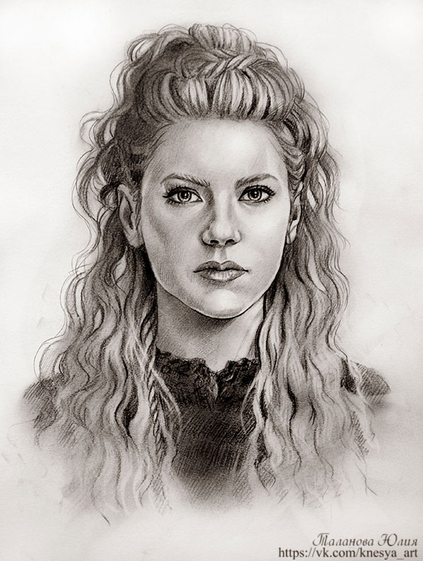 Katheryn Winnick As Lagertha - newhairstylesformen2014.com