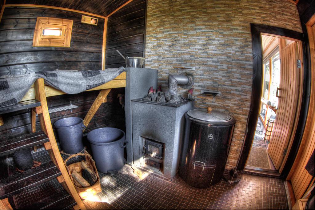 Sauna Inside by Sixo