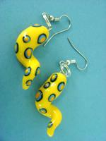 Blue-Ringed Tentacle Earrings by monsterkookies