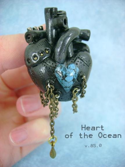 Poklanjam ti sliku Heart_of_the_Ocean___Front_by_monsterkookies