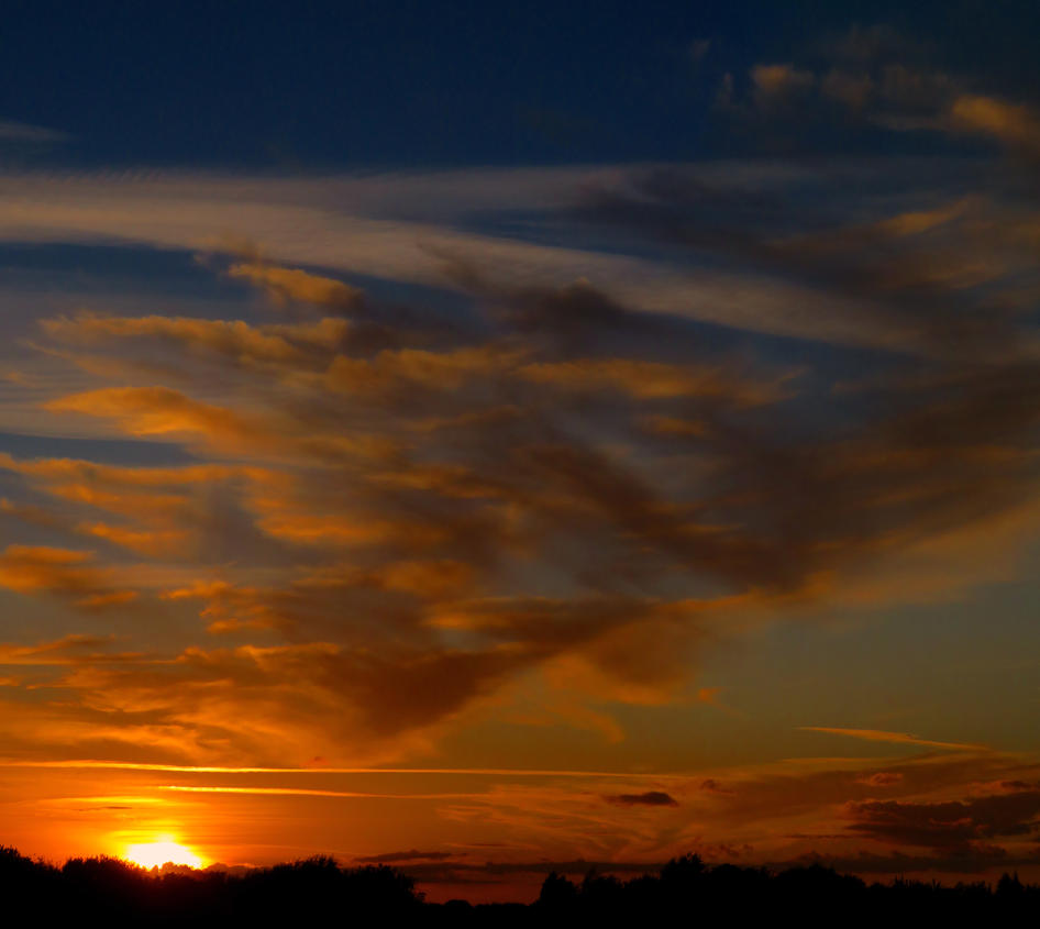 Sunset 24th Sept 2015pt2edit by cloud-chaser