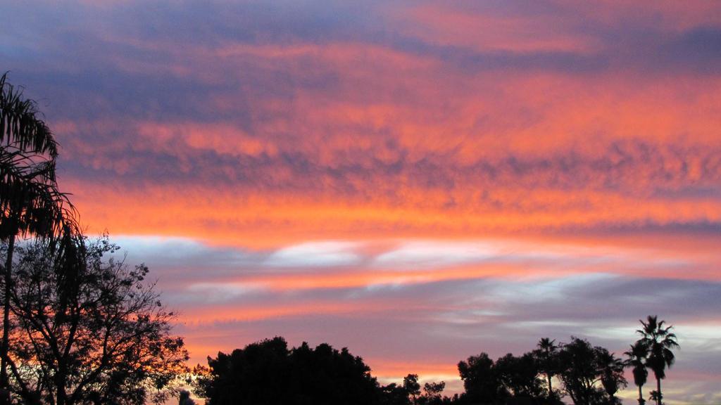 Arizona Sunrise 6619 by SelketSky