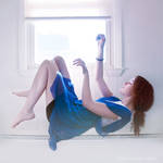 Falling through a dream by CarpeSav