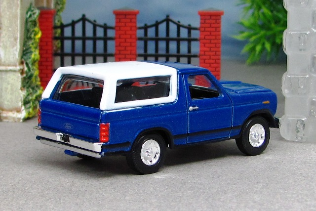 1980 ford bronco blue r rc by deanomite17703 on deviantart 1980 ford bronco bolt pattern 1980 ford bronco brown bucket seat