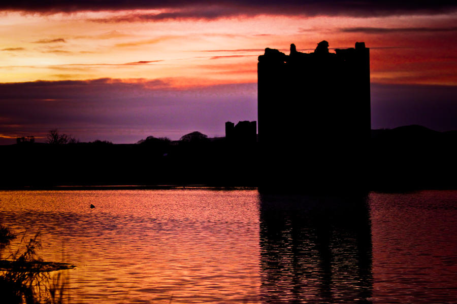 Threave Castle by derekbeattieimages