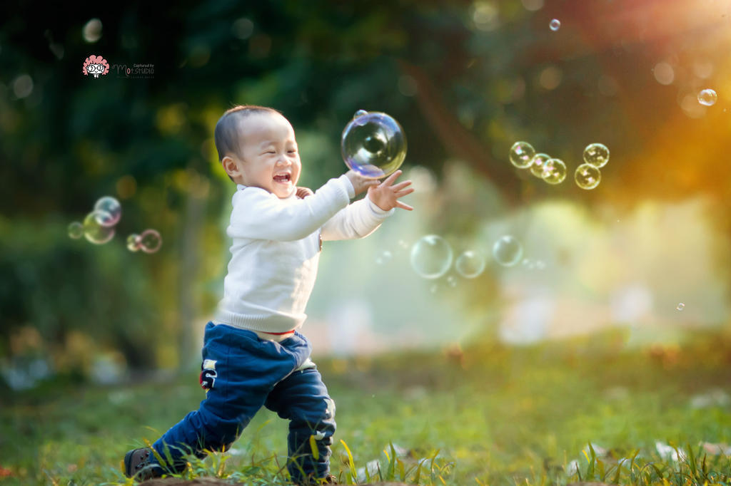 Catch bubbles by yushui