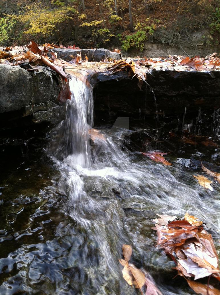 Tiny waterfall 3 by AnaturalBeauty