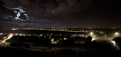 midnight glow by Spinnfoto