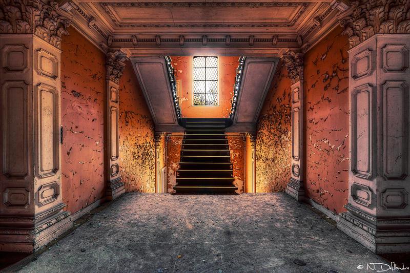 Hallway R. by Nichofsky