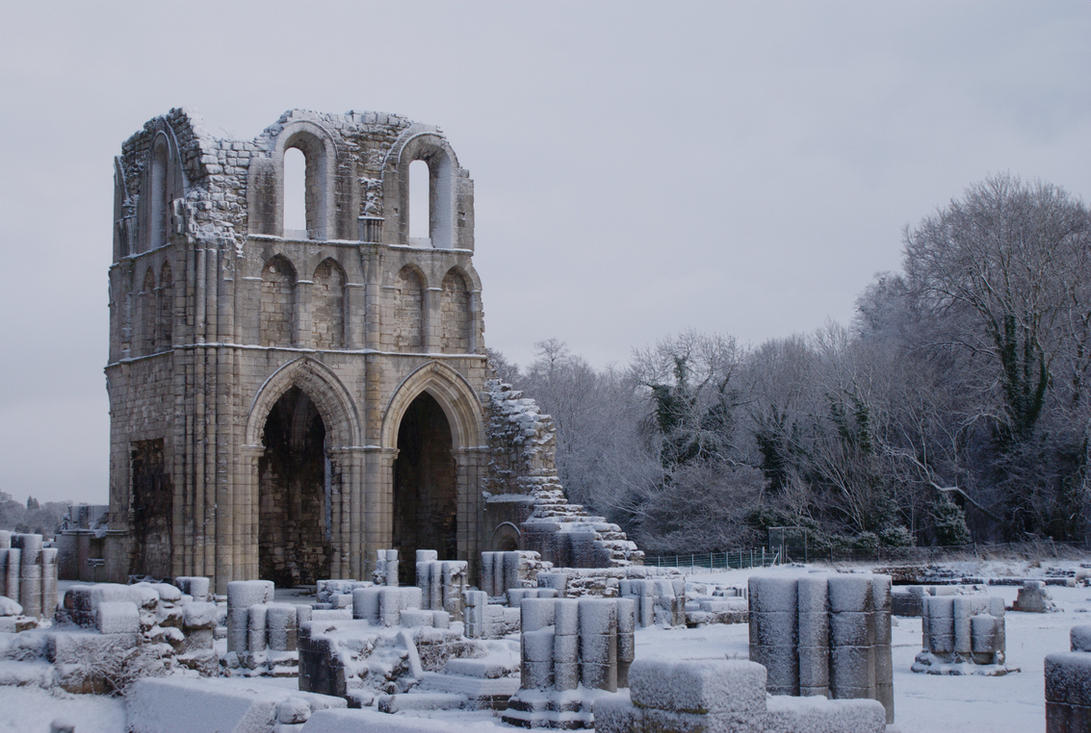 Roche Abbey 2... by TheBaldingOne